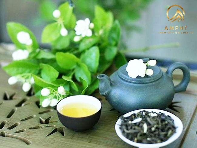 Kinh nghiệm trị mụn bằng trà xanh siêu dễ và hiệu quả bất ngờ