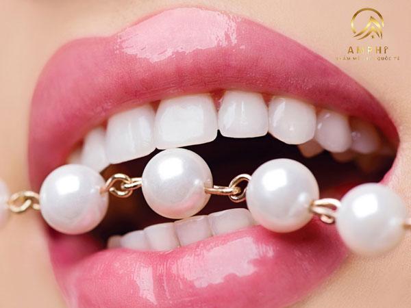 Có nên tẩy trắng răng không? Giải đáp chi tiết 3 câu hỏi thường gặp khi tẩy trắng răng