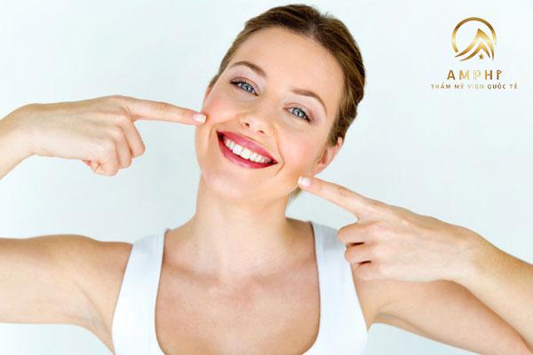 Tẩy trắng răng kiêng ăn gì? Những điều có thể bạn chưa biết