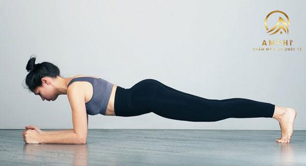 15 phút mỗi ngày với những bài tập yoga giảm cân thần thánh